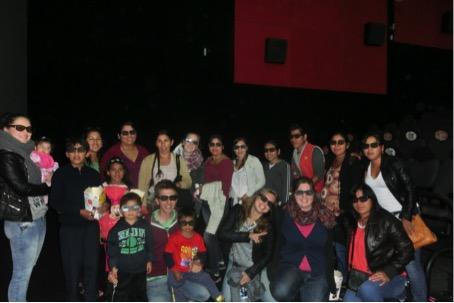 Kinobesuch mit dem Equipo zur Feier des 5-jährigen Jubiläums des Kindergartens.